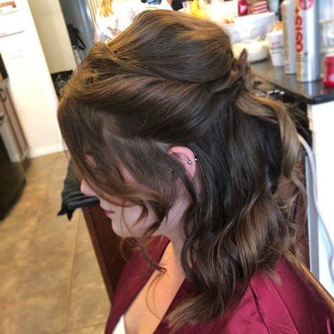 Half up and half down for this beauty! �