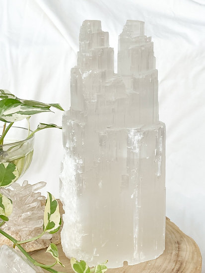 Selenite Twin Mountain Lamp 25cm