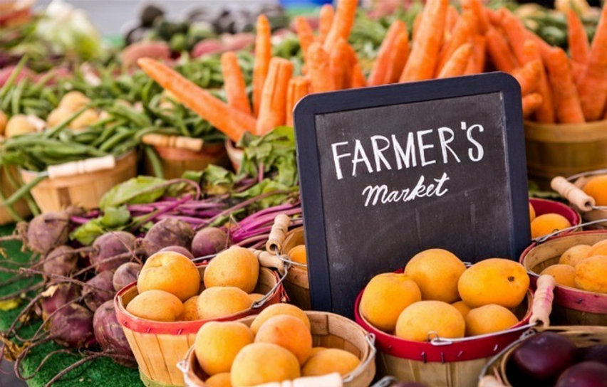 Farmers-Markets_edited.jpg