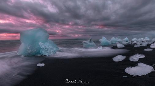Sunrise on Diamond Beach