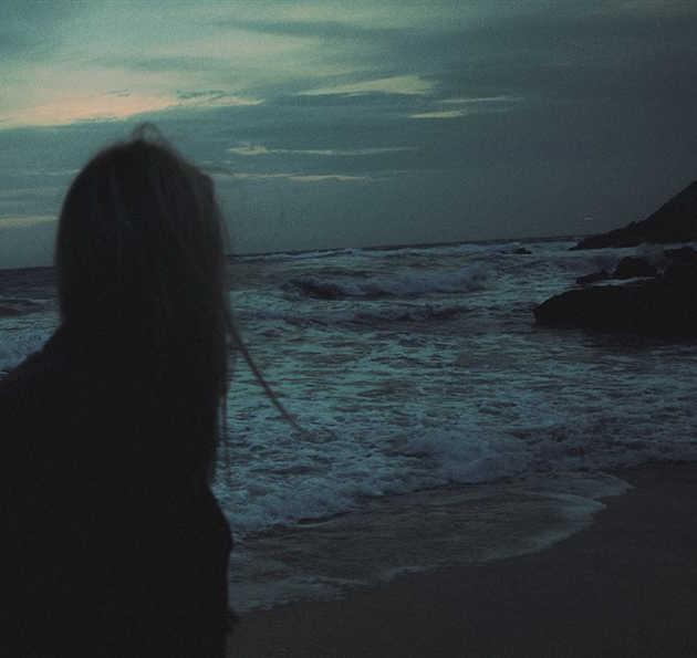Karanlık Sahil