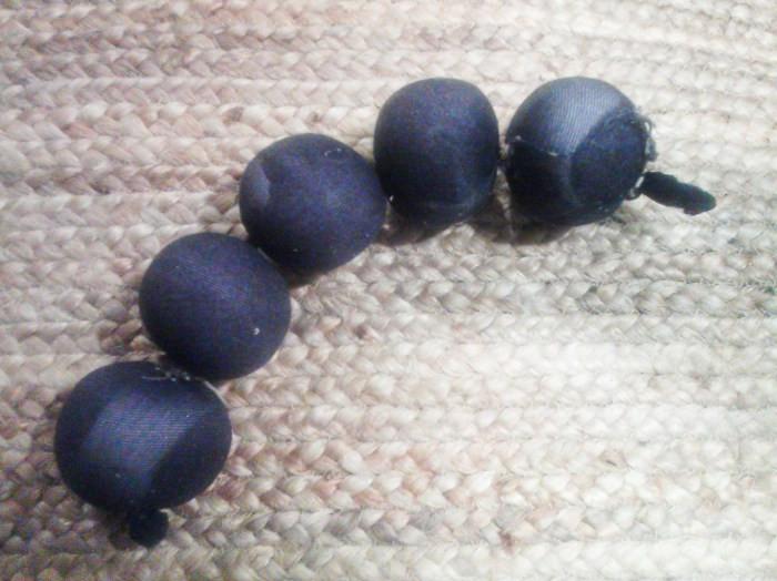 wool balls 5