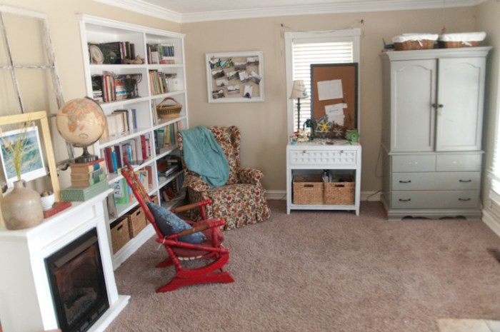 How We Homeschool In A Small Space (part 1) :: Vintage Kids | Modern World