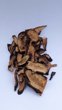 Dried Comfrey Root, chopped, 8 oz.