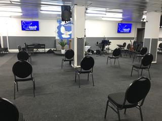Biserica se redeschide