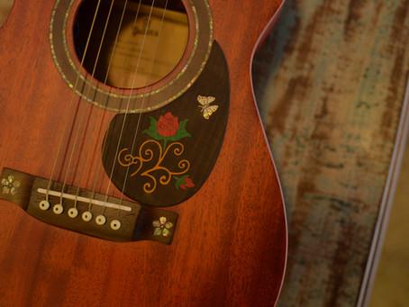 De um simples Escudo para um Upgrade no seu violão.