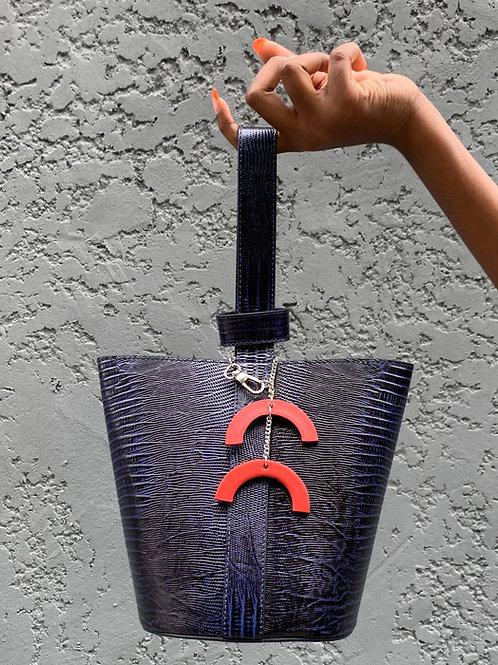 Yasmine bucket bag 1