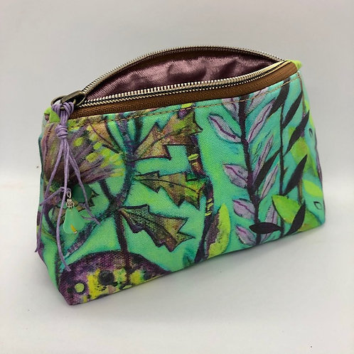 Emerald delight velvet lined pouch