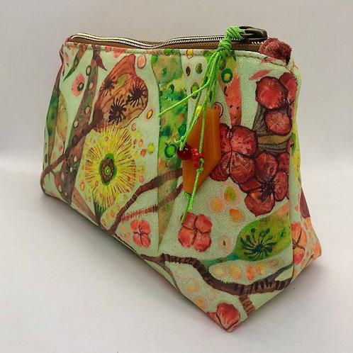 Illyarrie Gums - medium pouch