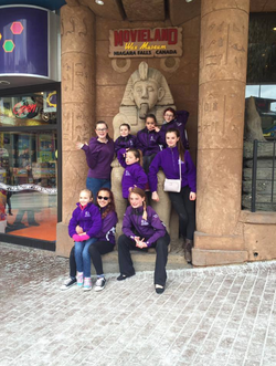 Dancers have fun on Clifton Hill!