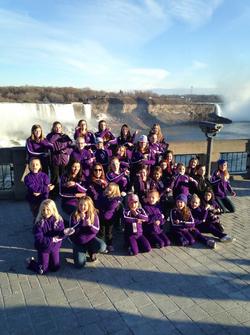 Team Photo in Niagara Falls!
