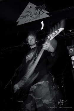 Andy playing da bass