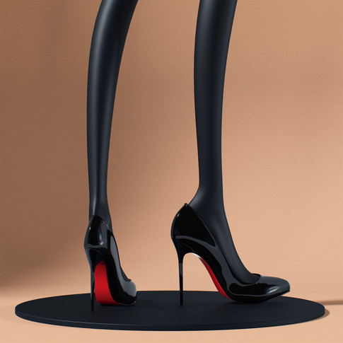 re2_Louboutin black patent leather shoes_01.jpg