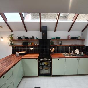 Side extension & kitchen installation