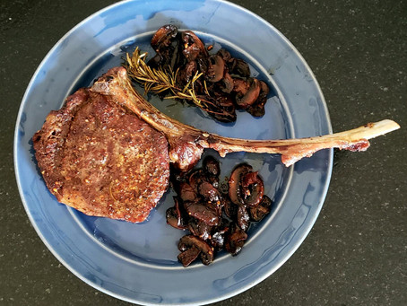 Tomahawk Steak with Mushrooms