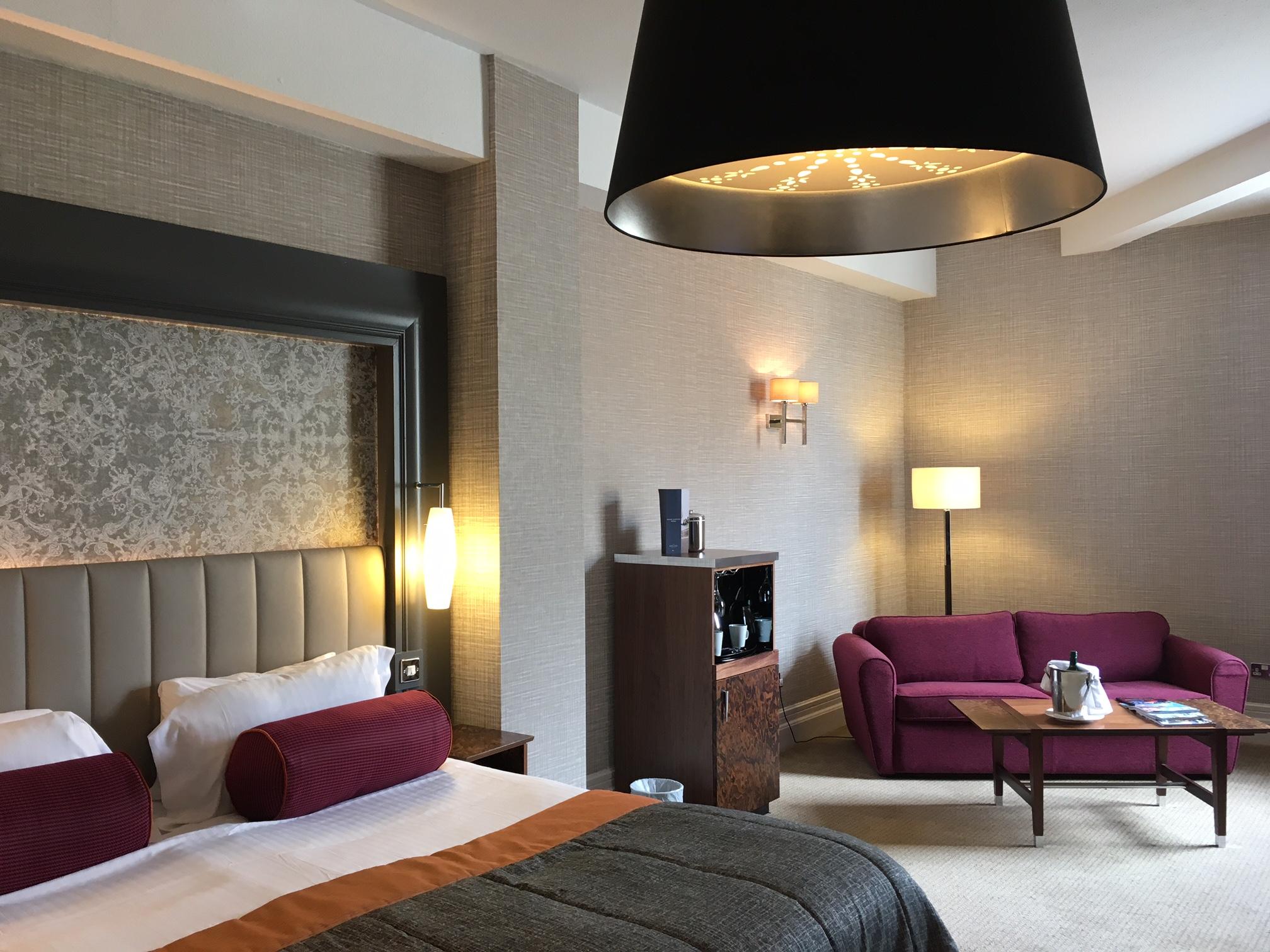 Q Hotels - Midland
