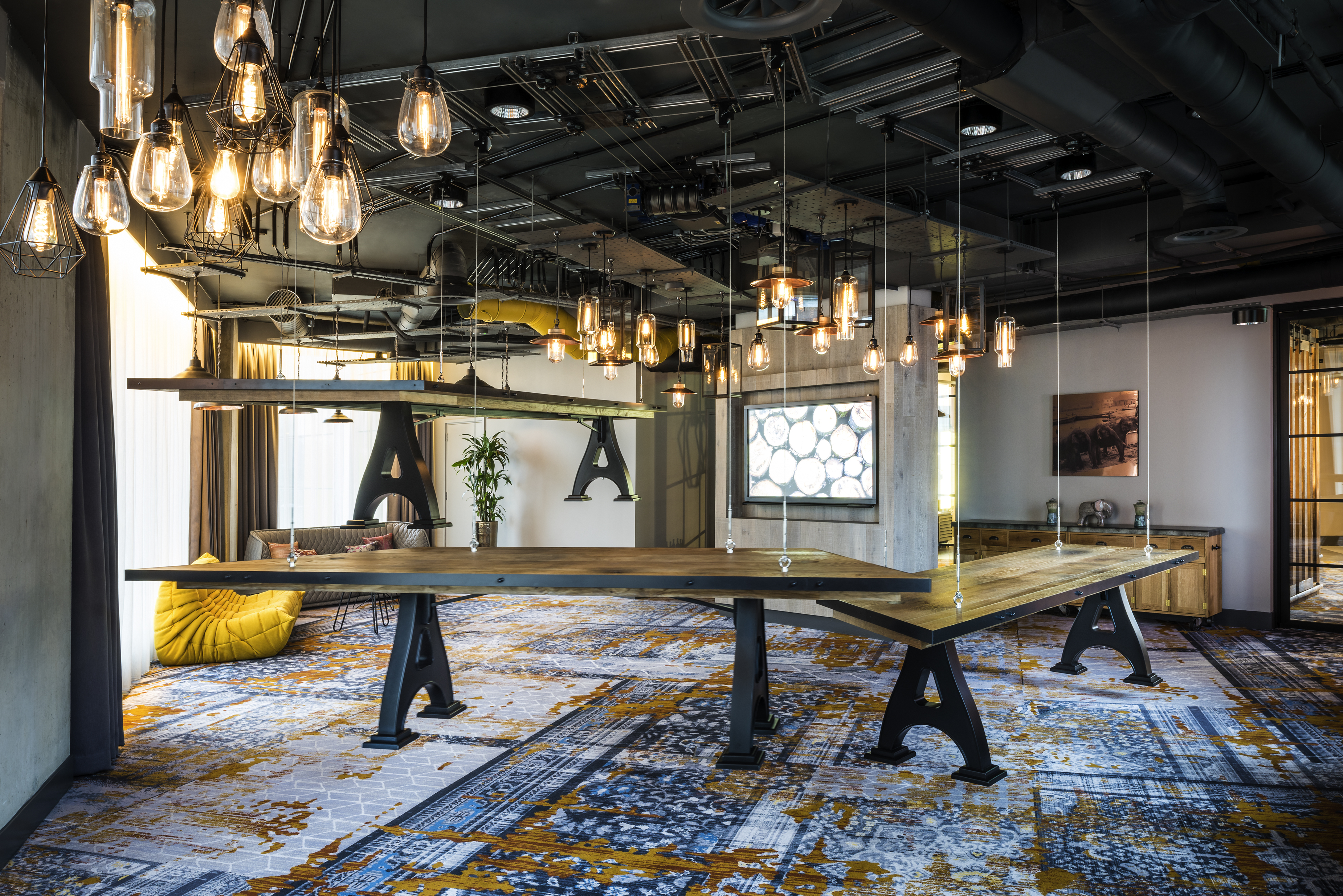 Adjustable Event Spaces