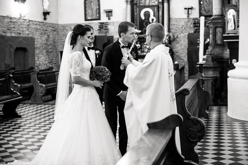 Ślub_Magdalena_i_Tomasz_(45).jpg