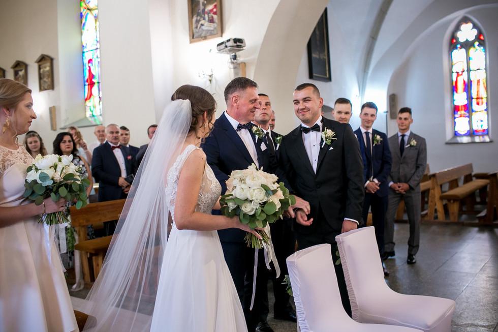 Ślub_Paulina_i_Grzegorz_(24).jpg