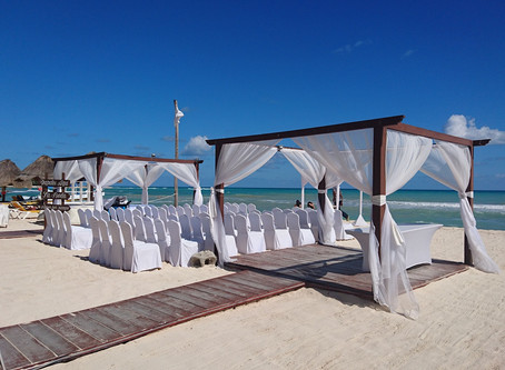 Guide to Your Destination Beach Wedding