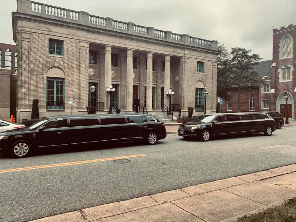 Lincoln MKT Stretch Limo