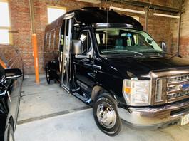 Ford E-350 Limo Bus