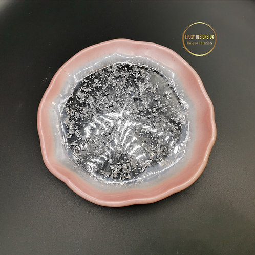 Resin bowl pink and silver
