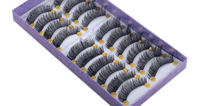 Thread lashes 226
