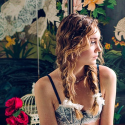 Boudoir Bride, styled shoot at The Manor with 📷 _jbedfordweddings hair _topknothairstylist makeup _