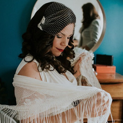 The sweetest vintage wedding with an adorable couple! #vintage #realwedding #vintagecurls #vintagebr