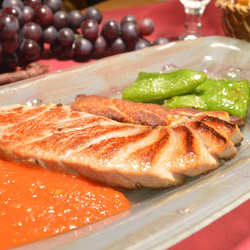 Ventresca de atún a la plancha con tomate concasse