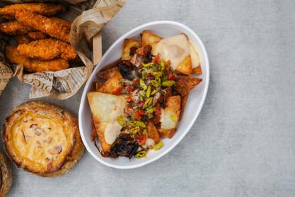 la-roja-delivery-madrid-nachos-ibéricos