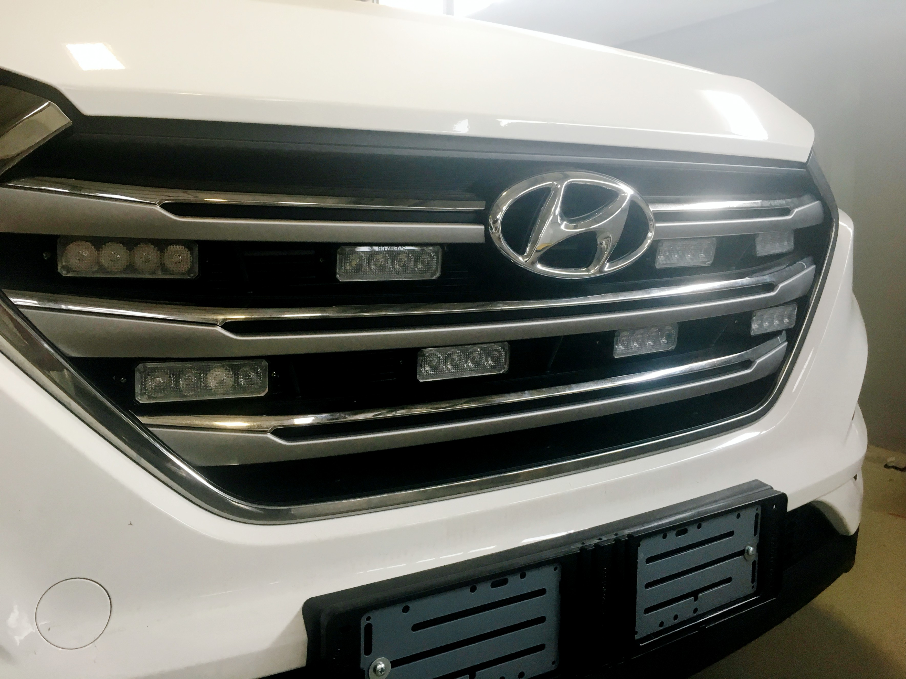 Medical Hyundai Grill Lights OFF