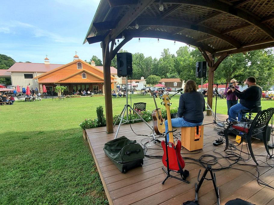 Yadkin Valley Winery Westbend Live Music