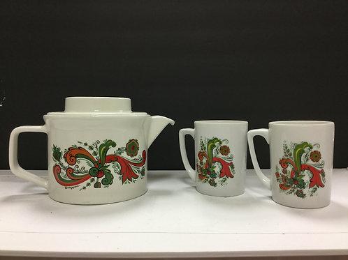 Berggren Tea Pot & Cups