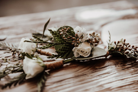 Grooms Boutonneires photographed by FRESH Photography in Rossland BC