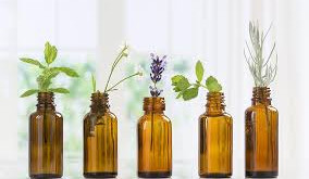 ESSENTIAL OIL: Beneficial Usage Tips