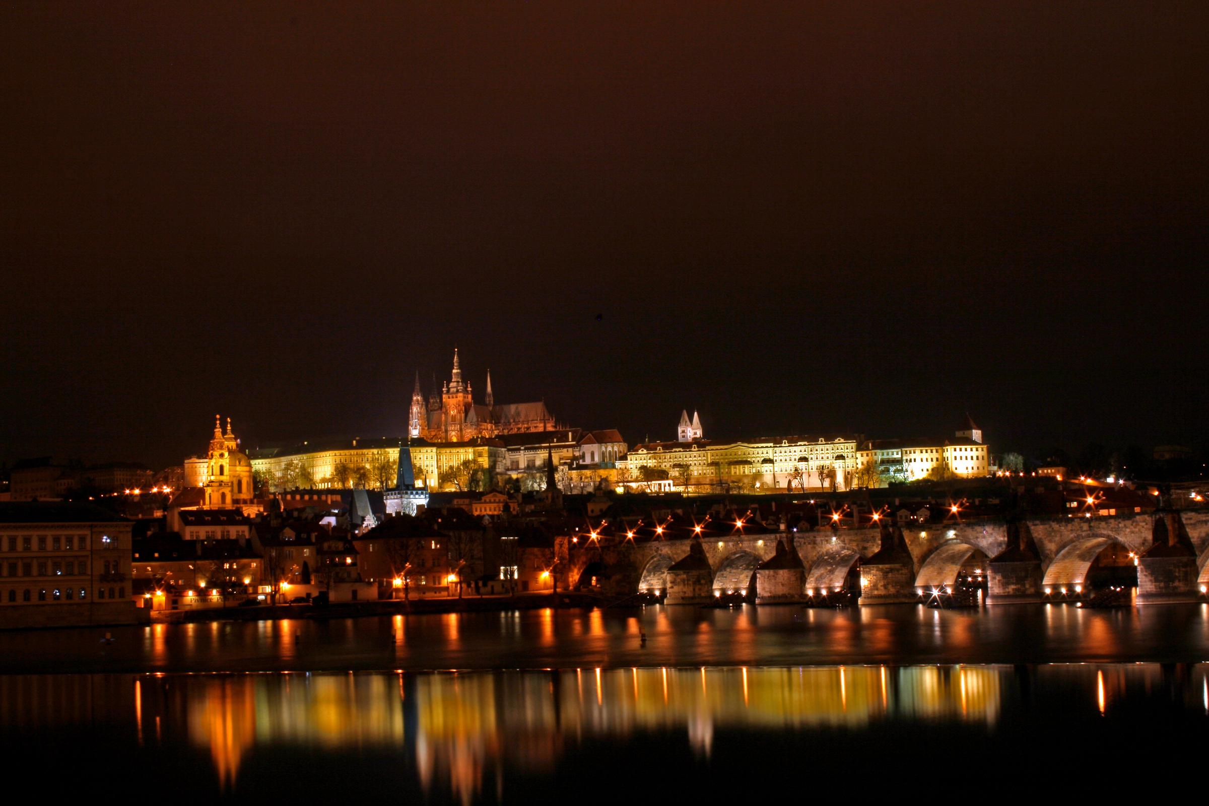 Prague_castle_3.jpg
