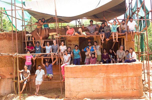 Indian mud building workshop group photo
