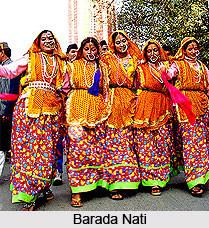 gharwal tribal dance costume.jpg