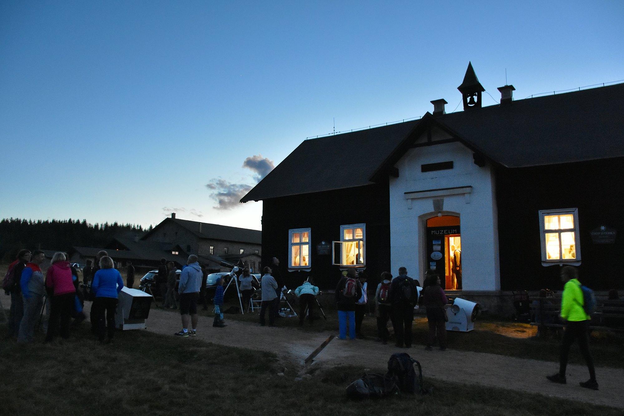Den a noc na Jizerce 2018