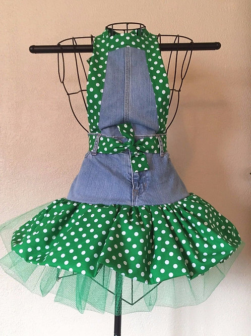Green Polka Dots Full Apron (front view)