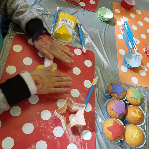 cupcake decorating @ Crane Bird