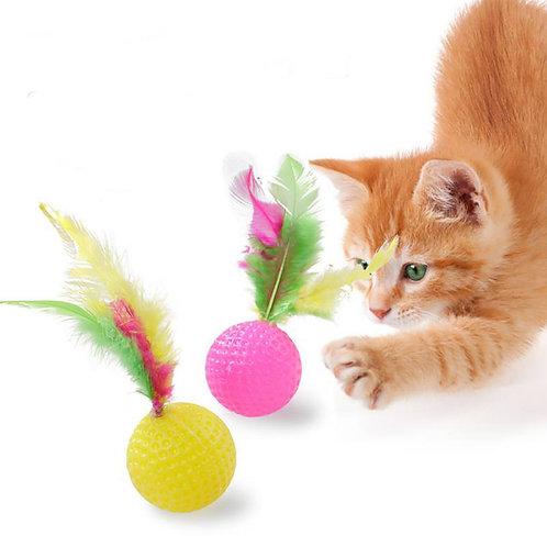 כדור ספוג עם נוצה לחתולים
