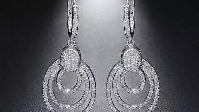 Triple round earrings