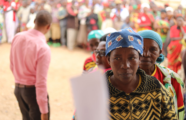 BurundiWomenCoffeeFarmers2019_3.JPG