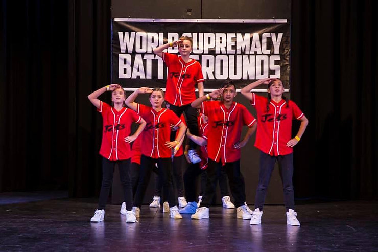 Contact Joondalup Entertainers Theatre School - JETS to talk about our classes in Singing Classes / Lessons, Acting and Drama, Hip Hop, Dance, Breaking, Urban, Musical Theatre for ages 6 yrs + and all abilities.