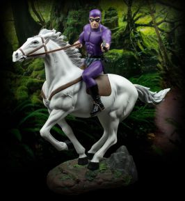New Phantom With Hero Statue from Ikon Collectables