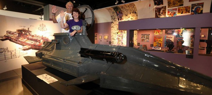 Bradley and Joyful Peach in the Phantom submarine