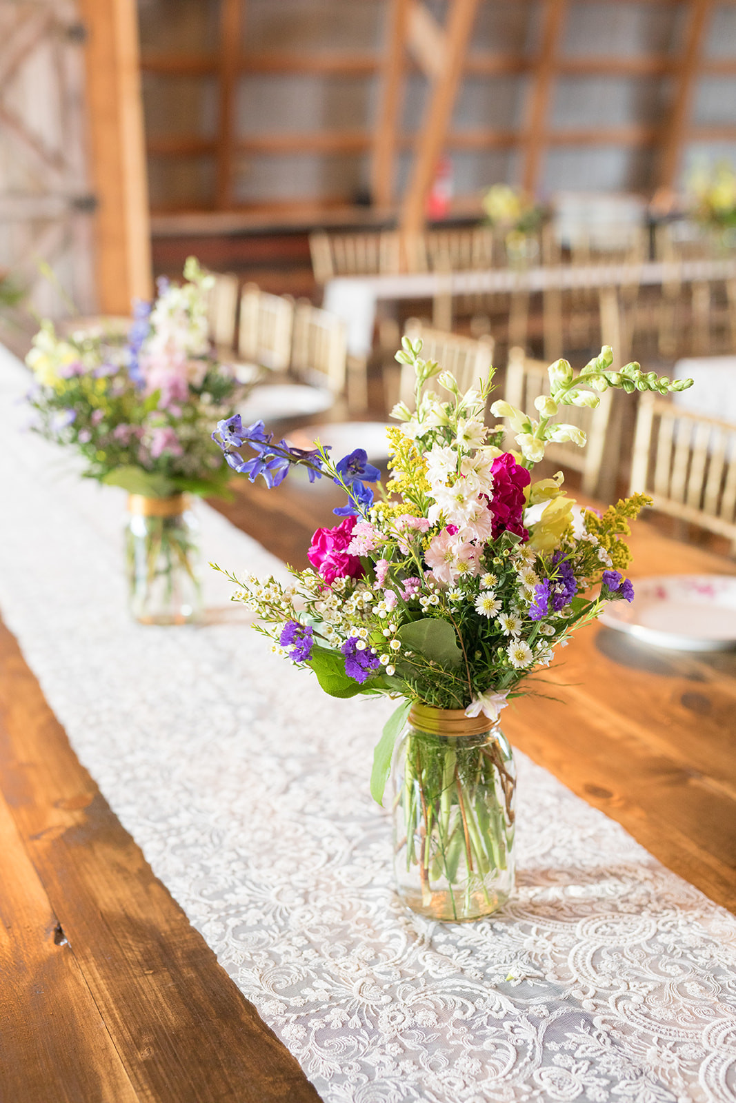 Lace + flowers + our tables= Wow!